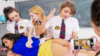 Ateşli Sınıfta Sekse Aç Lezbiyen Kızlar
